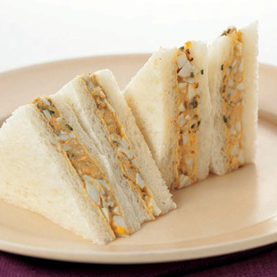 山椒風味のゆで卵サンドイッチ