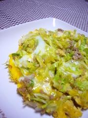 簡単★キャベツ&挽肉のオイマヨ卵とじの写真