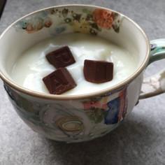 とろ〜りほっとみるくチョコレート