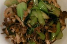 青梗菜と牛肉きのこのオイスターソース炒め