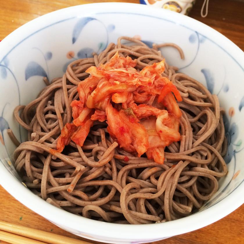 ずぼら飯☆キムチ蕎麦