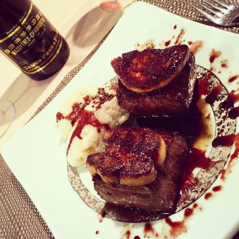フォアグラと牛モモ肉とロッシーニ風