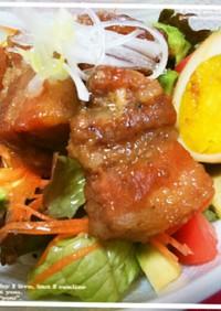 豚三枚肉の角煮十穀米添えカフェ風どんぶり