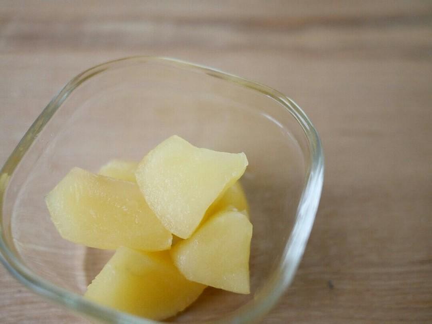 白サングリアで煮りんご