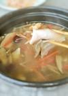 サムゲタン風 薬膳スープの鶏しゃぶ
