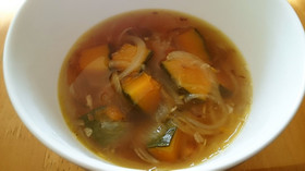 かぼちゃのガーリックオニオンスープ