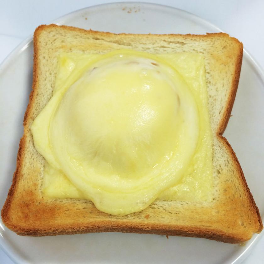 雪見だいふくトースト!チーズの塩味が最高