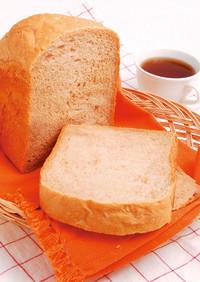 MKベーカリーでヘルシー全粒粉パン
