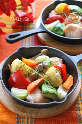 スキレット♫鶏肉と野菜のぎゅうぎゅう焼き