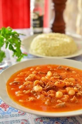 トルコ料理☆白いんげん豆と牛肉の煮込み