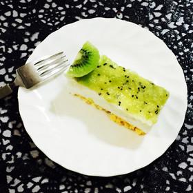 糖質制限◆キウイ&ヨーグルトムースケーキ