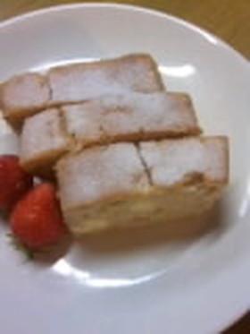 ホイップいちごケーキ