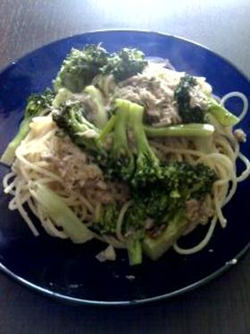 ブロッコリーとツナのスパゲッティー