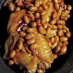 大豆と鶏手羽先のうま煮