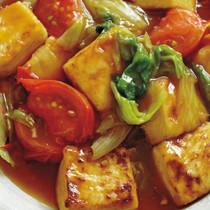 豆腐とレタス、トマトの甘辛煮