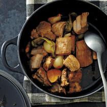 豚ヒレ肉とにんにくの韓国風煮もの