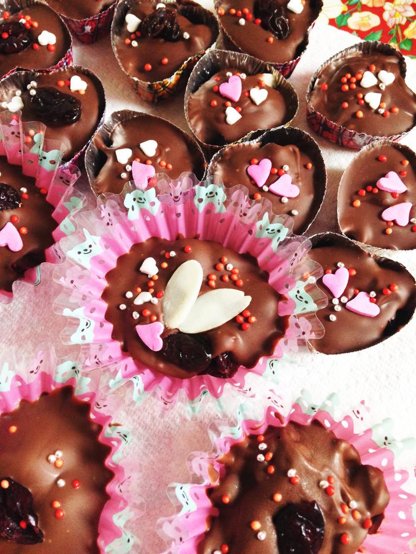 超簡単♡ドライフルーツdeチョコレート