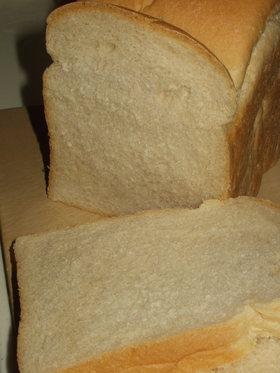 生イーストで焼く食パン(HBで一次発酵)