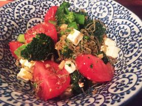 ブロッコリートマトの和風ペペロンサラダ