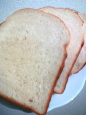 ピーナッツバターde香ばし食パン。
