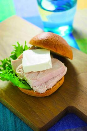 【低糖質】チキンとクリームチーズのサンド