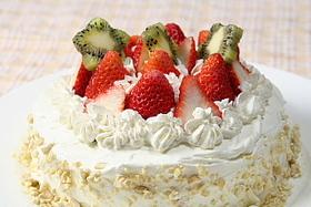 イチゴの生クリームケーキ