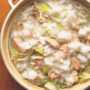 白菜と鮭のみぞれ鍋