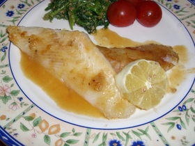 白身魚のレモンバターソース