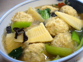 Wたけのこ☆鶏団子と春雨のスープ煮