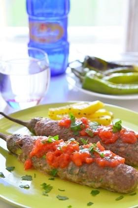 トルコ家庭料理☆キョフテの丸ごと茄子包み