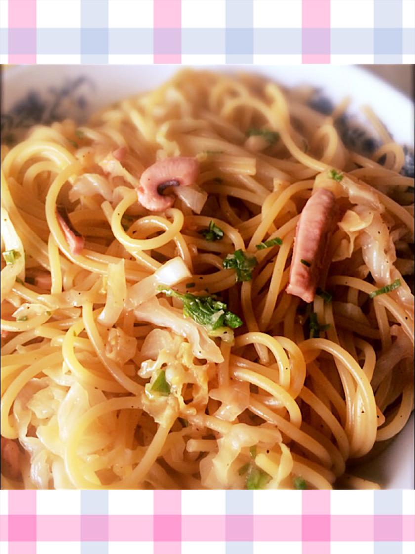 イカの塩辛とキャベツのスパゲッティ