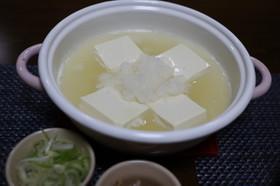 寒い日や風邪にも!雪見湯豆腐鍋☆簡単
