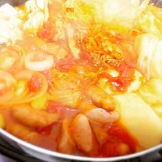 冷蔵庫にあるもので簡単トマキムチー鍋