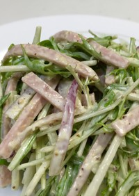 簡単‼水菜と魚肉ソーセージのサラダ