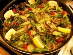 キヌアの野菜パエリア