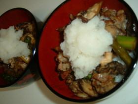 カリカリ豚肉のおろし丼