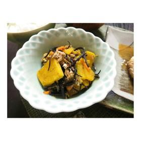 かぼちゃとひじきの煮物