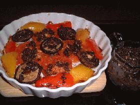 トマトのオーブン焼き(タプナードソース)