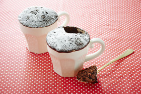 レンジで2分♪ギリギリ義理チョコケーキ♡
