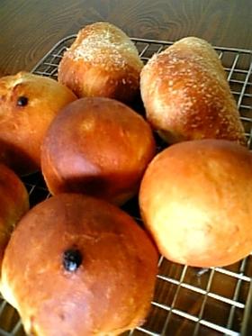 基本のパン生地を使って成形パン三種