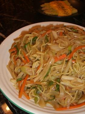 ☆千切り野菜たっぷり焼きそば〜生姜風味☆