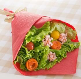 サーモンとハムの花束サラダ