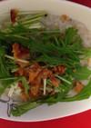 炊飯器で簡単!カリカリ鶏皮の中華粥