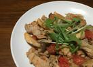 豚肉とキノコとトマトのみそ炒め風