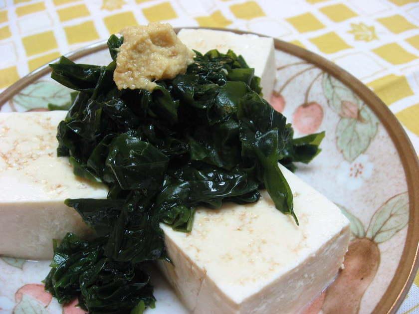 モリモリ食べよう☆豆腐わかめ
