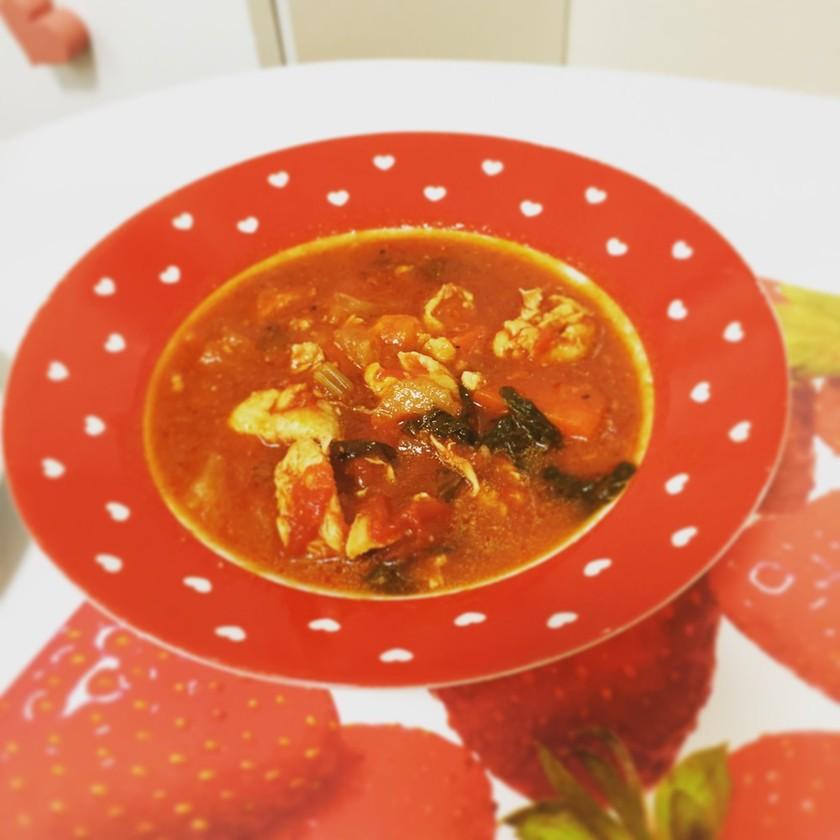 鶏肉の洋風トマトスープ