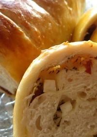 ドライトマトとチーズのトルコパン