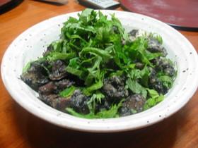 ゴマたっぷり☆砂ずりと山芋の炒め物
