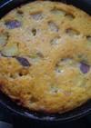 スキレットでにんじんサツマイモケーキ。