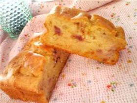 優しい香りのストロベリーヨーグルトケーキ